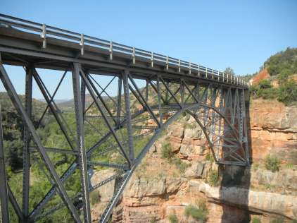 Spandrel-braced deck arch bridge, Sedona Arizona